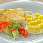 Яичница из перепелиных яиц - Quail eggs scrambled