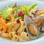 Салат с морепродуктами Seafood salad